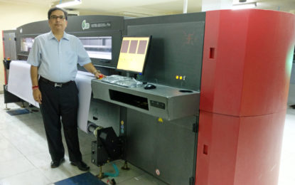 First Efi VUTEk GS3250LX Pro in north installed at New Delhi-based JMD Digital Art Xchange