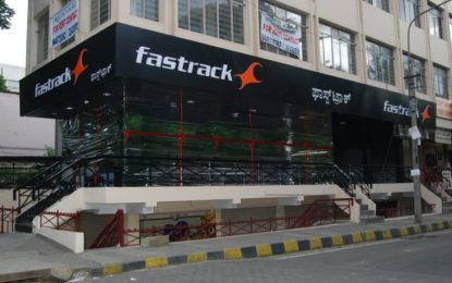 Fastrack plans to launch stores with service centres