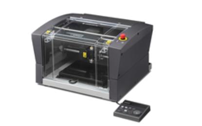 Roland DGA introduces new DGSHAPE DE-3 rotary engraver
